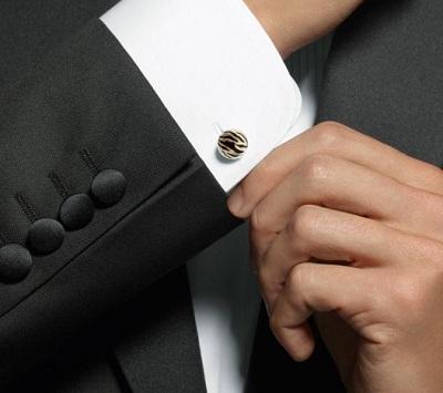 Как носить запонки и легко их надеть на рубашку: практические советы для мужчин