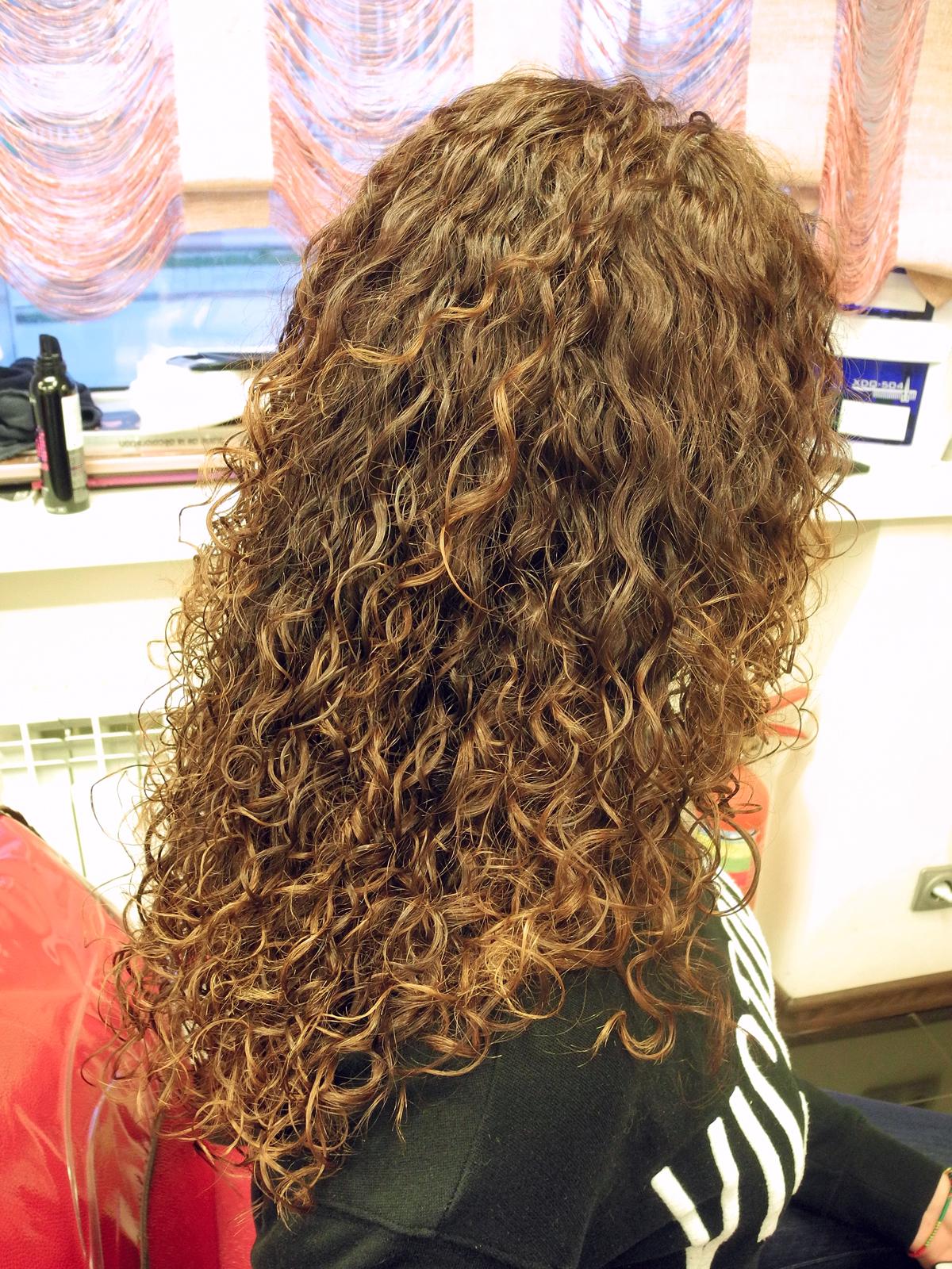 Биозавивка волос: в чем ее отличие от химической завивки, каких результатов можно ожидать.