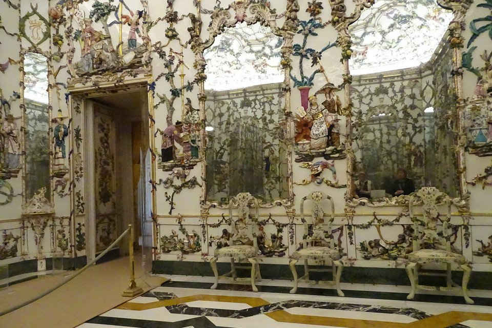 Стиль рококо в архитектуре, интерьере | справочник антиквариата — «лермонтов»