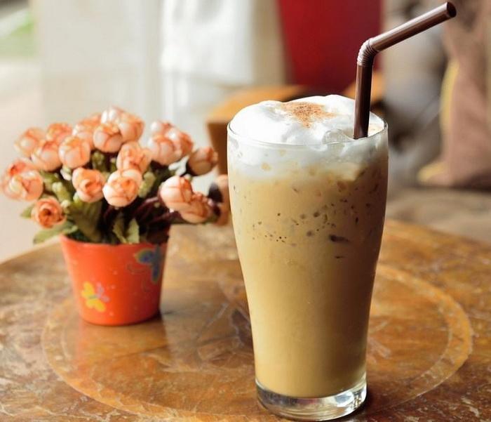 4 основных рецепта приготовления кофе фраппе | напитки и коктейли | кулинарные рецепты со всего мира