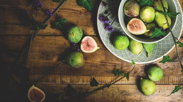 Инжир (фига) - что это: фото, польза и вред, калорийность, рецепты, посадка и уход