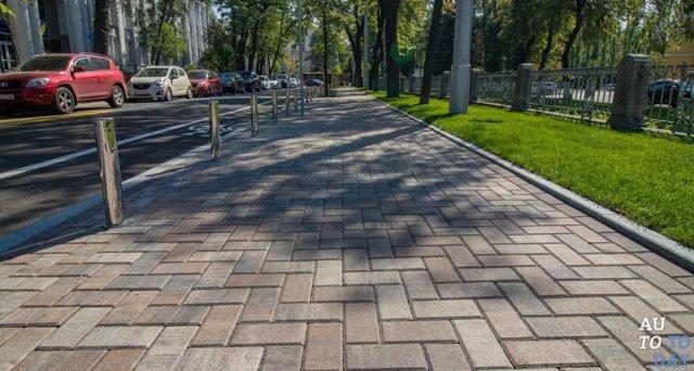 Тротуар – это часть дороги или нет: определение и правила дорожного движения
