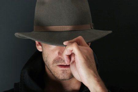 Мужские шляпы (72 фото): фетровые, с широкими полями, котелок и другие виды. черные, белые и другого цвета, кожаные
