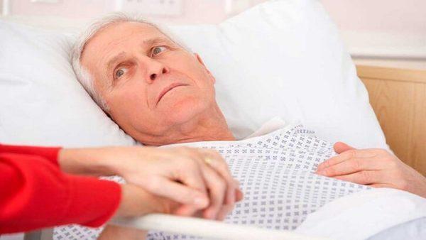 Пролежни у взрослых: симптомы, причины, лечение