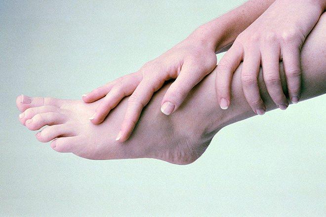 Парестезия - симптомы и лечение, фото и видео
