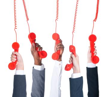 Почему постоянно звонят брокеры