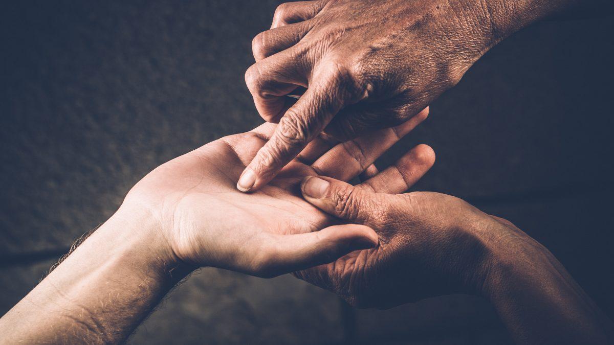 Хиромантия: что может рассказать линия жизни на руке