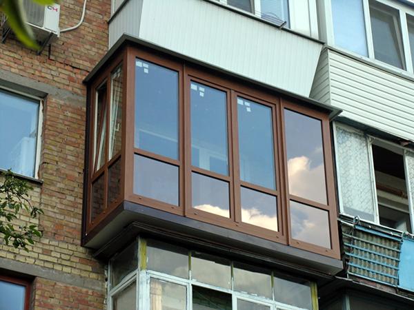 Нюансы французского остекления балкона