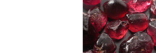 Гранат — камень страсти и любви, крови и пламени