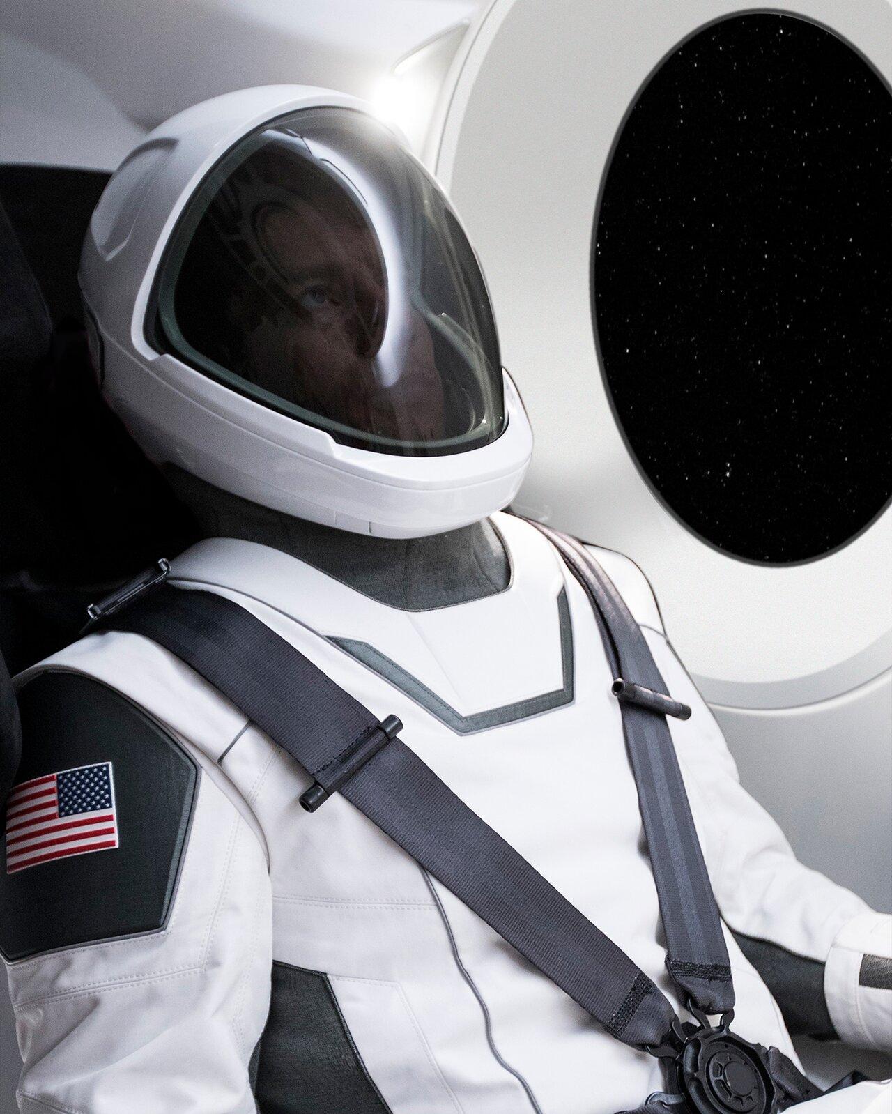 Одежда длявакуума: как устроены космические скафандры