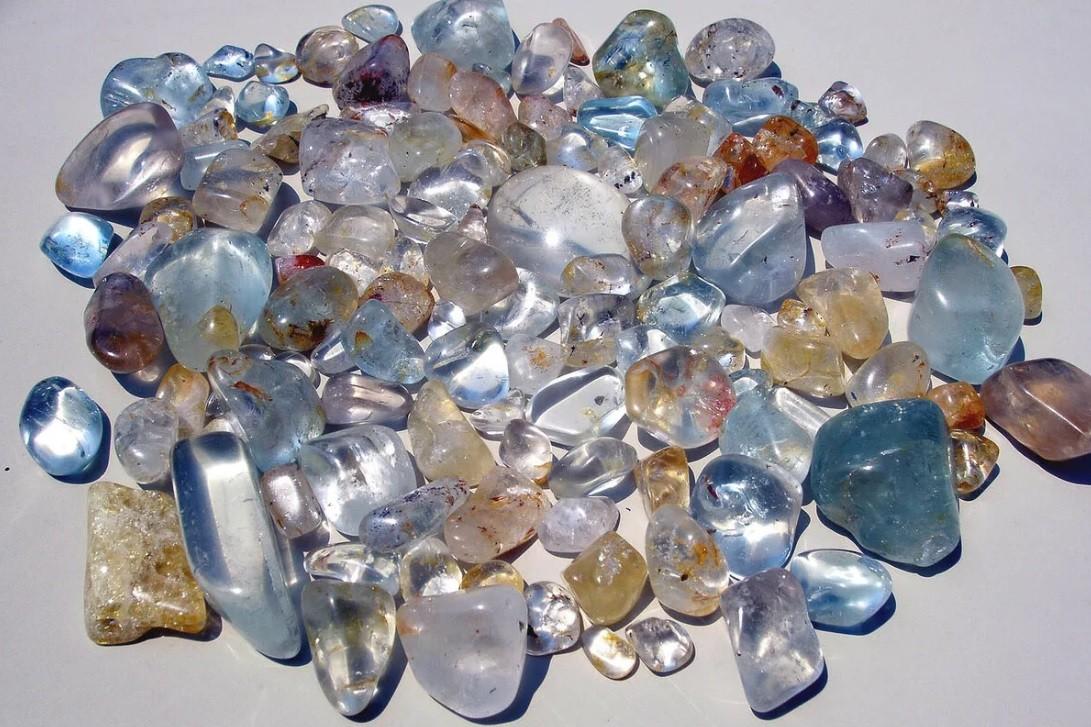 Камень топаз — каких видов и цветов бывает, лондон топаз, магические свойства камня, применение
