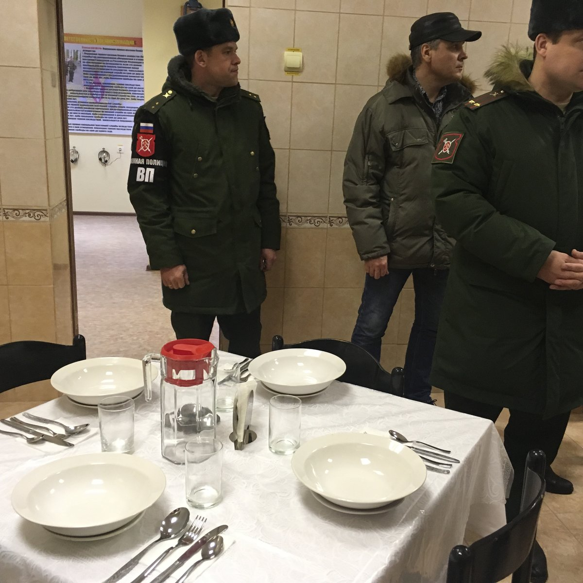 «губа» в армии: что такое гауптвахта, разновидности, основания для ареста военнослужащего