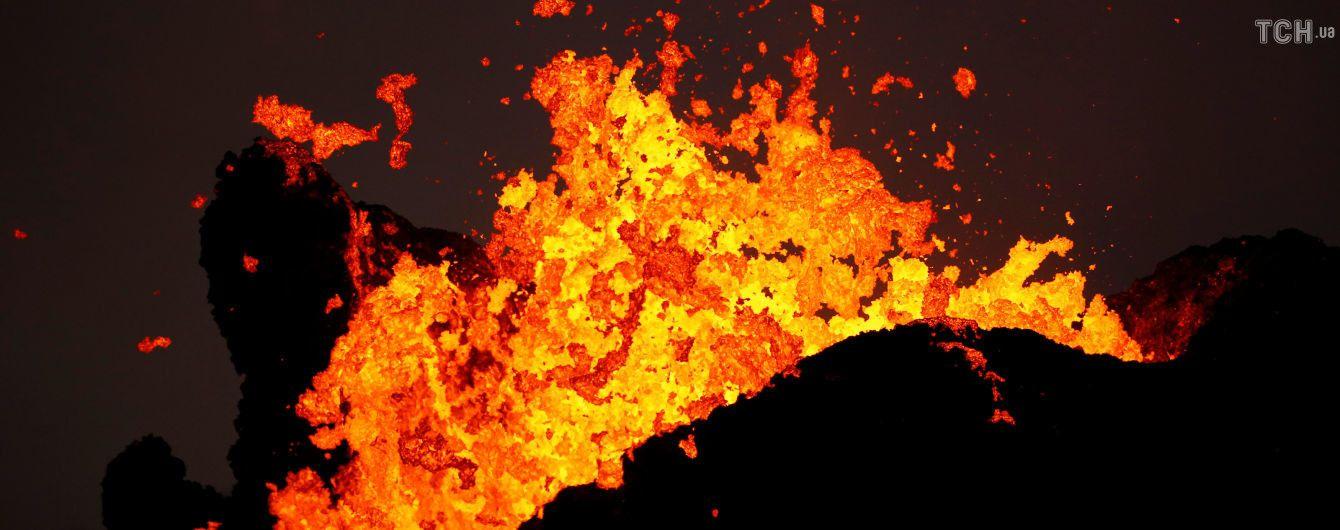Что такое вулканическая лава и из чего она состоит?