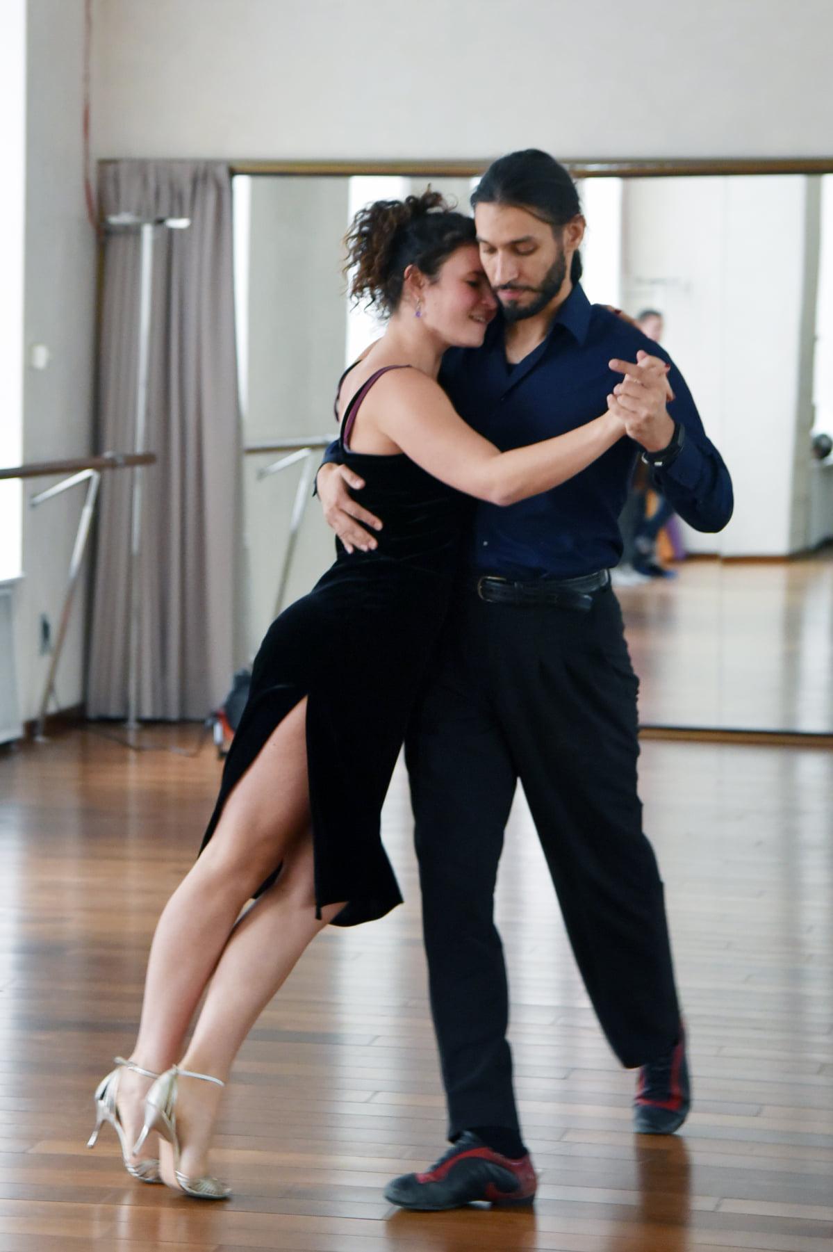 Что означает танго? — eta-dzeta.ru