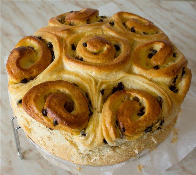 Brioche. бриошь. французский сдобный хлеб.