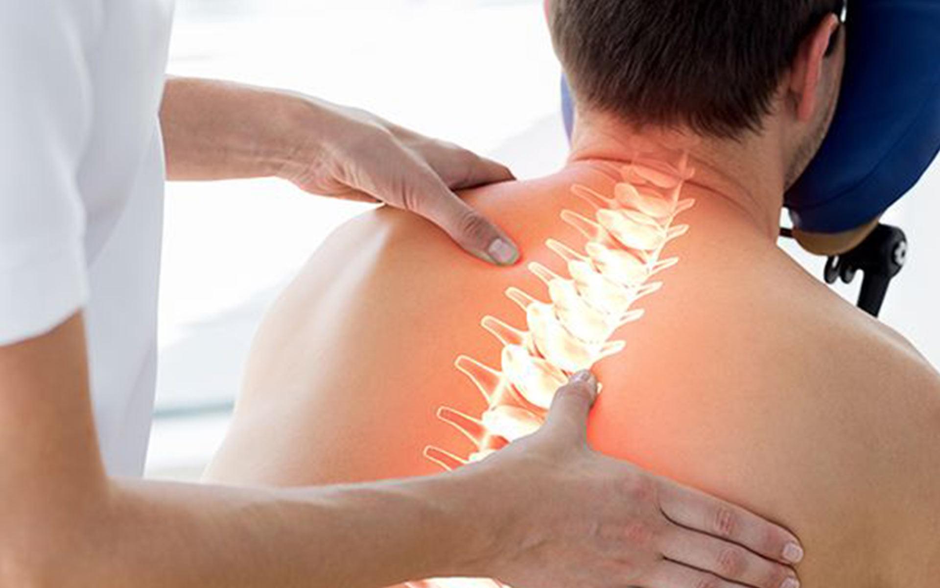 Что такое остеопатия простыми словами - кто такой остеопат и что он лечит