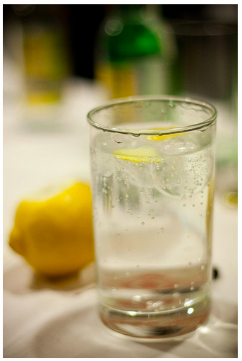 Джин-тоник – состав и фото напитка; его польза и вред; рецепт, как сделать алкогольный коктейль в домашних условиях