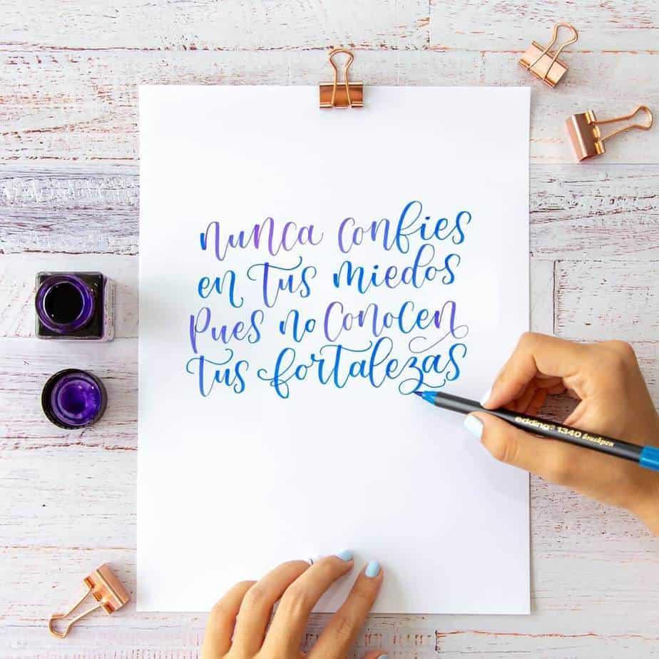 Каллиграфия шариковой ручкой: как научиться писать каллиграфическим почерком самостоятельно? базовые упражнения для начинающих
