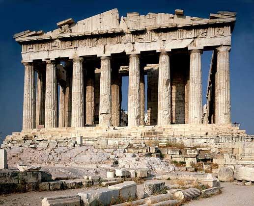 Парфенон – храм афинского акрополя с богатой многовековой историей