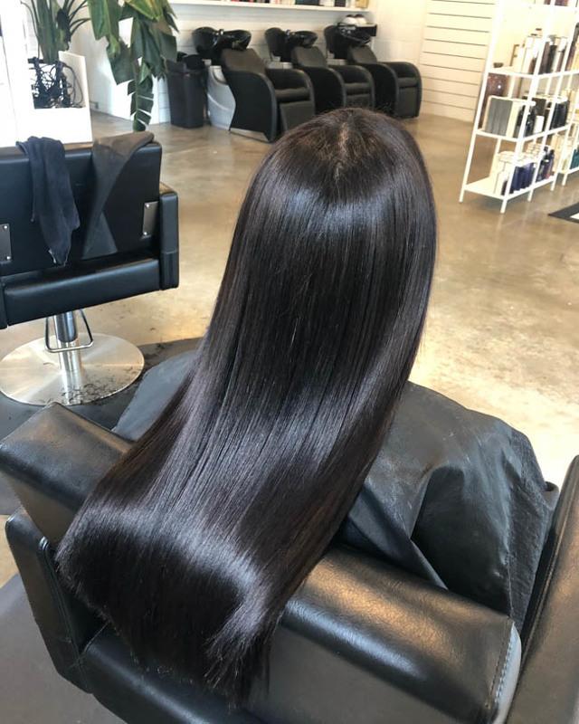 Экранирование волос - описание,  противопоказания, фото, видео,  цены и отзывы.