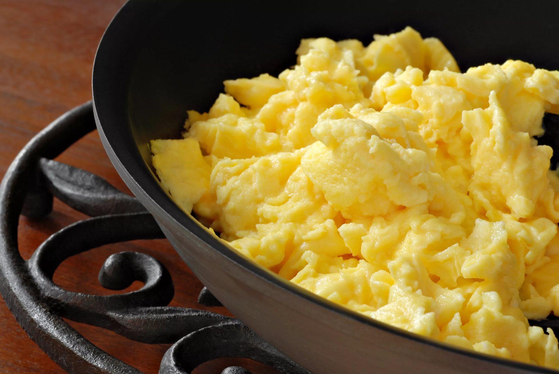 Яйца-скрэмбл