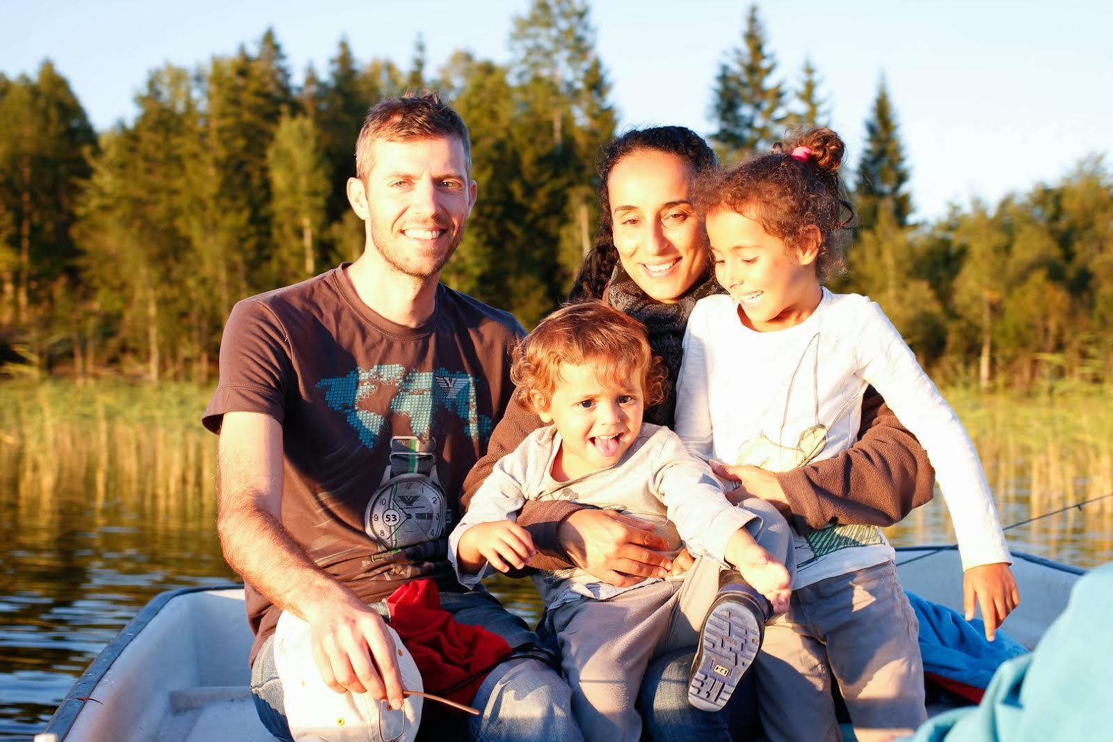 Что значит шведская семья