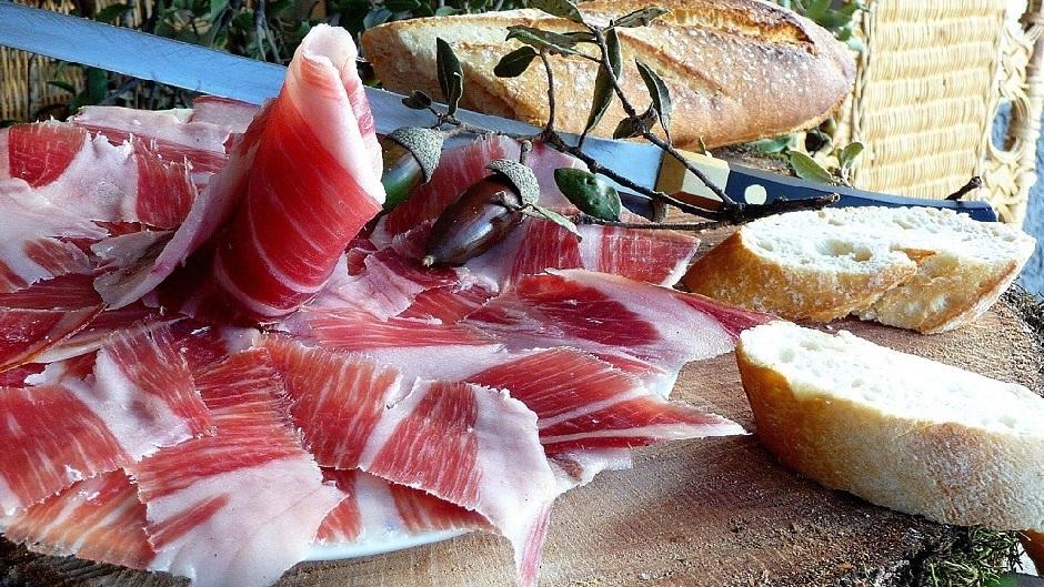 Что такое хамон, как его делают из свинины и с чем едят?