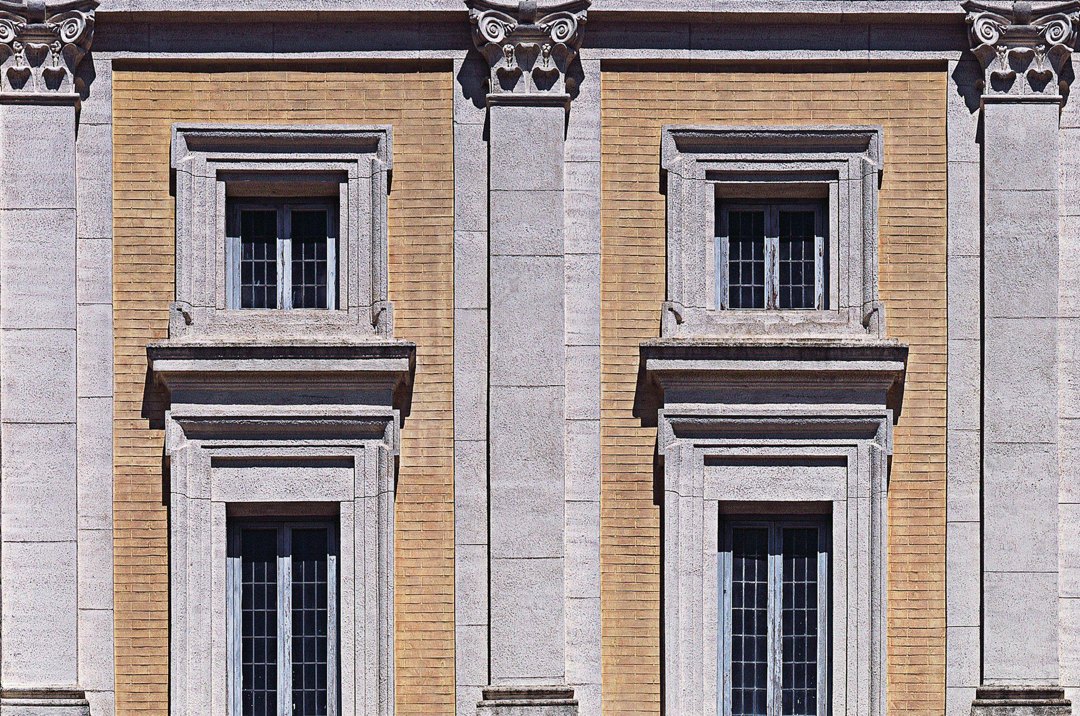 Пилястры (54 фото): что это такое в архитектуре и строительстве? пилястры на фасадах из полиуретана, дерева и пенопласта, деревянные капители