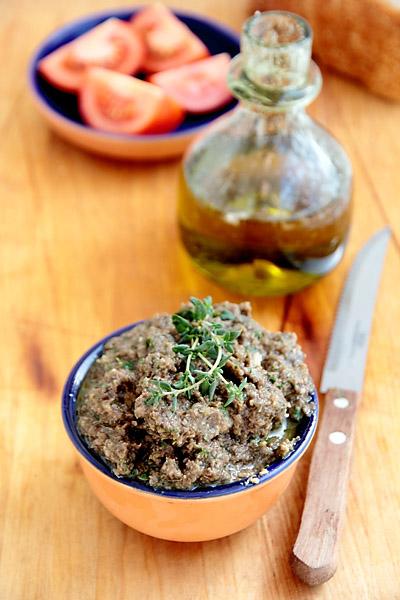 Оливки (маслины) — описание, полезные и вредные свойства, состав, калорийность, фото, рецепты приготовления