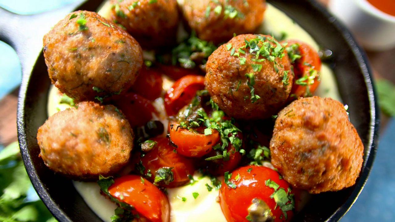 Митболы в томатно-соевом соусе – кулинарный рецепт