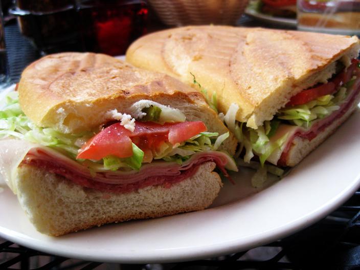 Панини - лучшие рецепты итальянского бутерброда