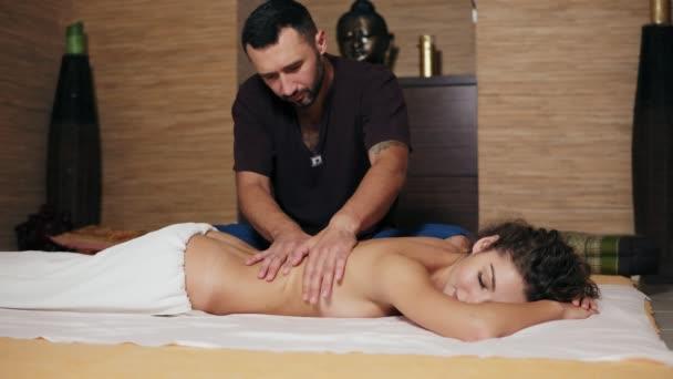 Йони массаж: безграничное женское удовольствие