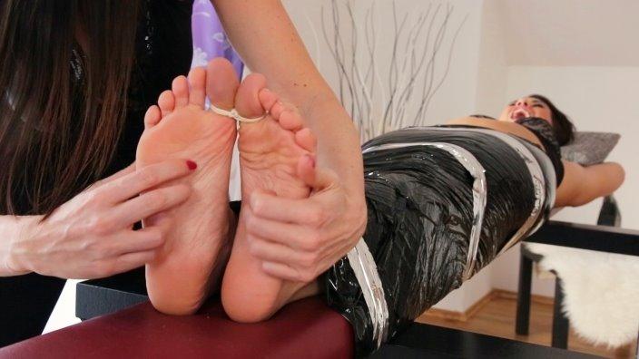 Бондаж, стопы ног изапах пота. какие фетиши втопе уженщин?