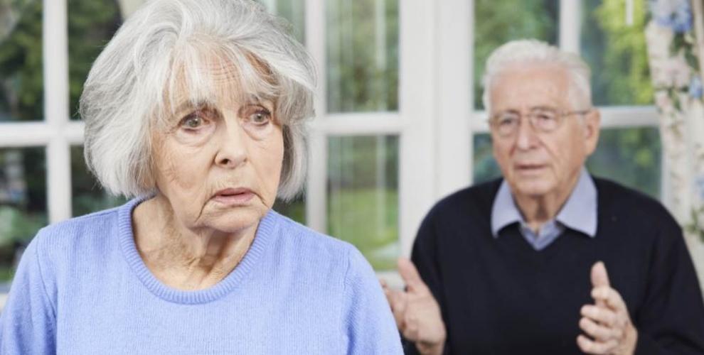 Старческий маразм: что это такое, симптомы, лечение слабоумия
