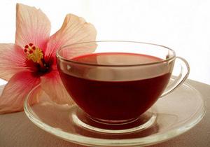 Чай каркаде: из чего делают, польза и вред напитка