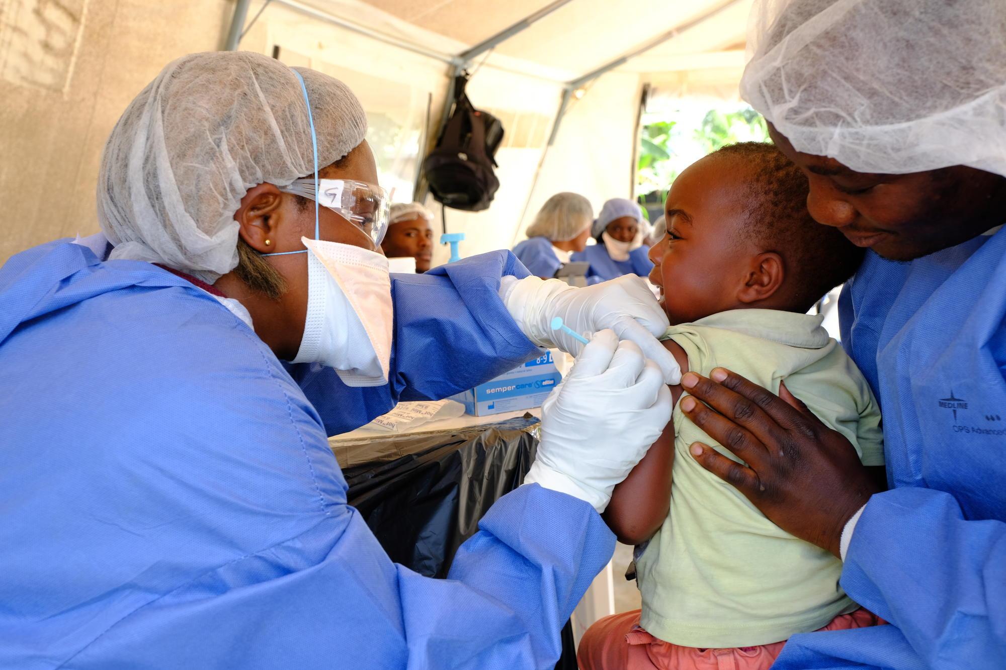 Геморрагическая лихорадка эбола — википедия