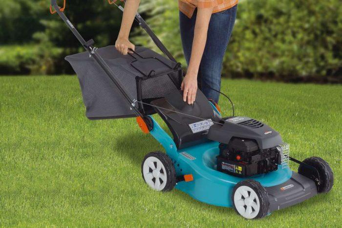 Мульчирование газона. мульчирование или как использовать скошенную траву.