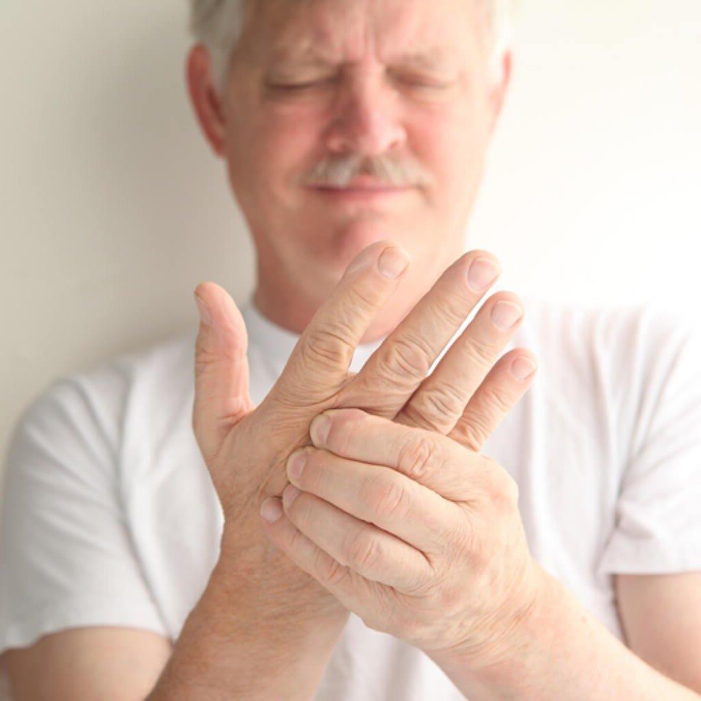 Парестезия: симптомы и лечение