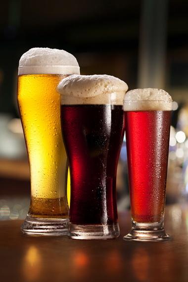 Крафтовое пиво: что это за напиток и чем он отличается от привычных сортов