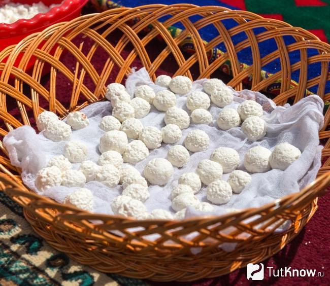 Курт узбекский: что это, свойства, технология изготовления, как хранить