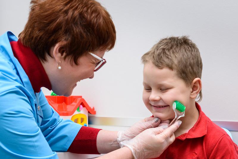 Дизартрия у детей и взрослых: симптомы заболевания, виды и способы лечения