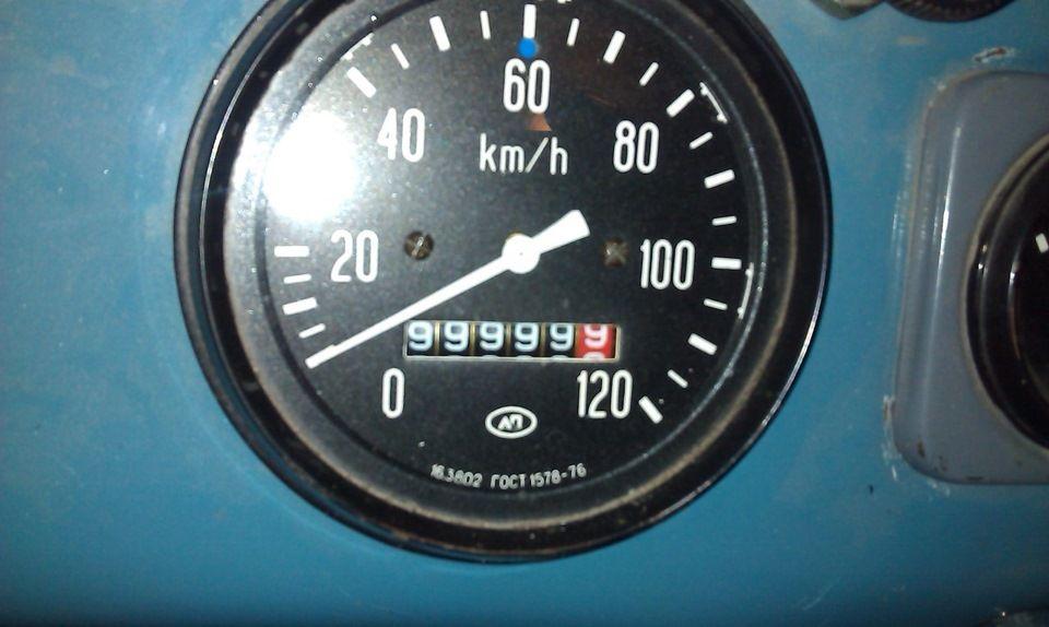 Одометр – наиболее значимый прибор в автомобиле