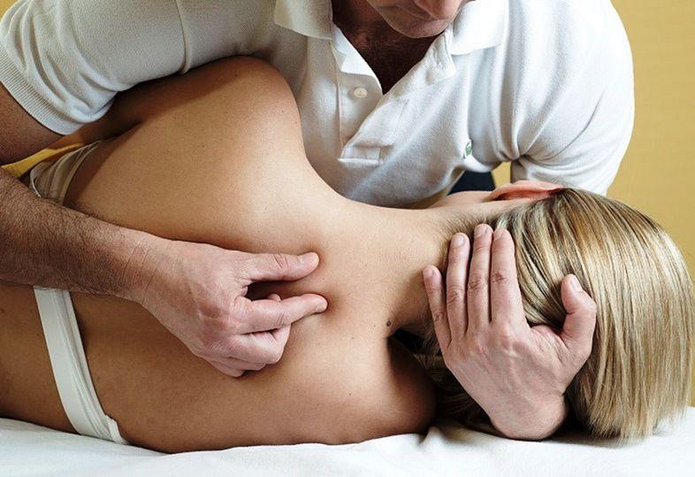 Какие болезни лечат остеопаты?