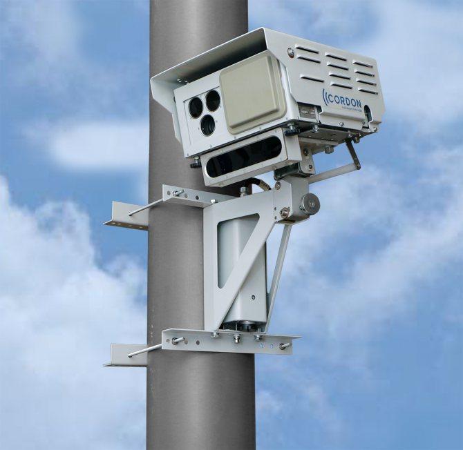 Какие камеры фиксируют пересечение сплошной линии - какой штраф, лишают ли прав
