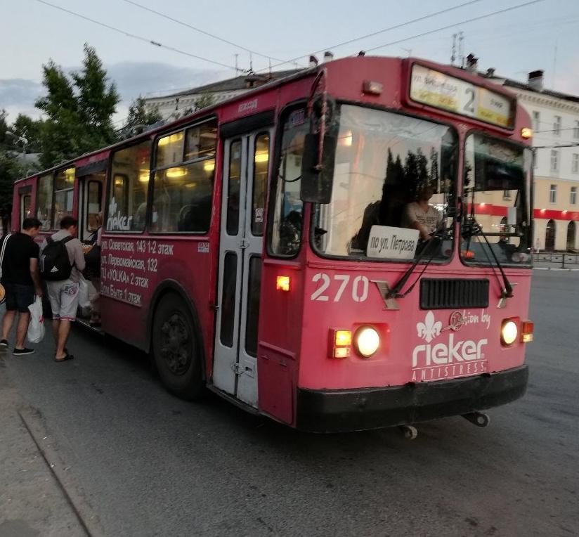 «надороге всегда нервно»: сколько зарабатывает водитель троллейбуса