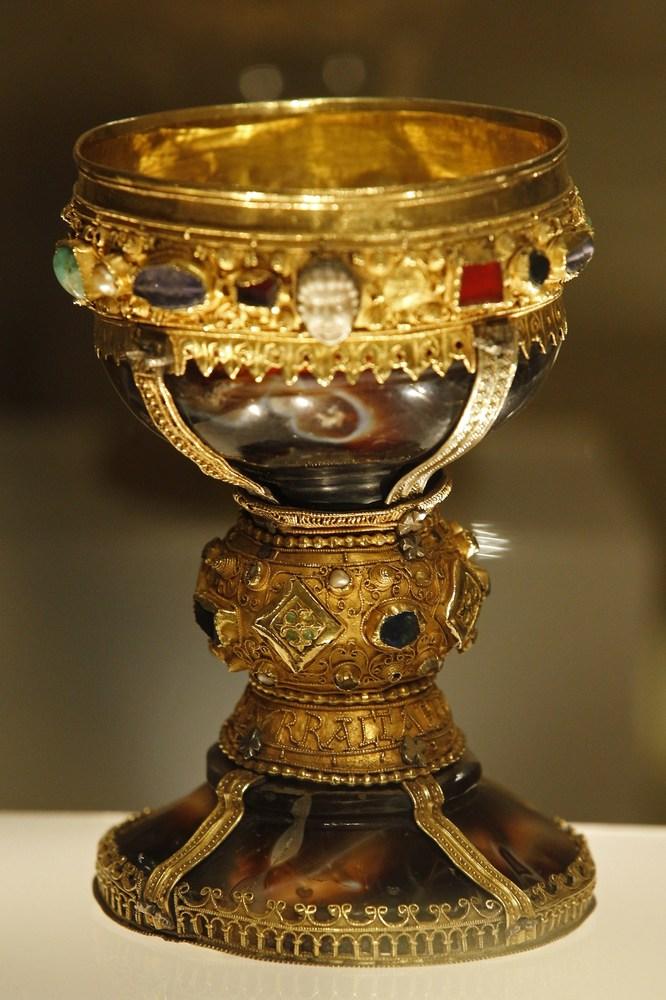 Святой грааль - по следам исследователей в поисках артефакта