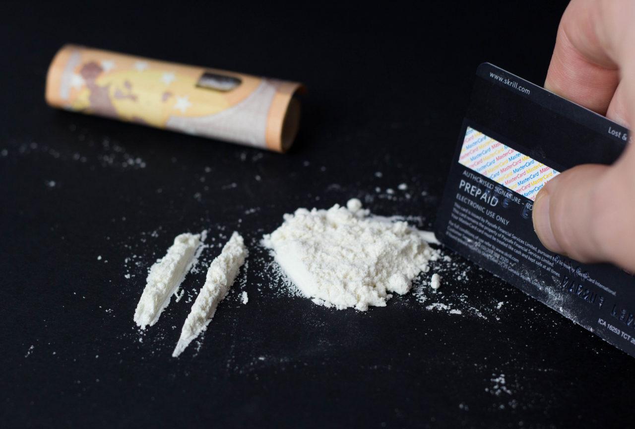 Наркотик «фен» - как вывести амфетамин из организма?
