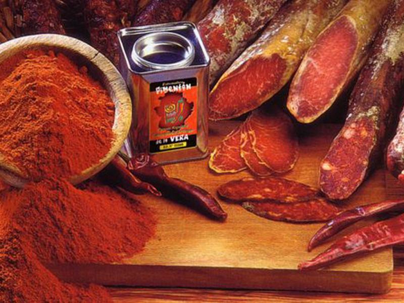 Чем отличается паприка от болгарского перца: особенности различия, фото, описание