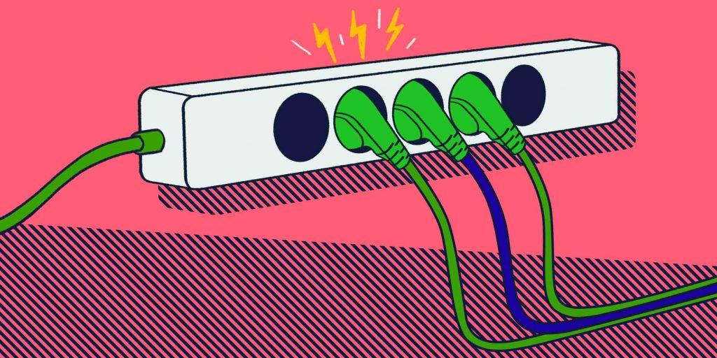 Электротравма:причины, признаки, и первая помощь
