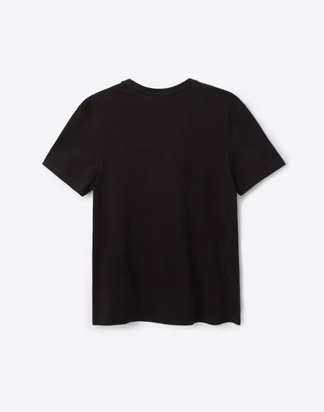 Мужские футболки (108 фото): оверсайз и летние льняные модели, камуфляжные и дизайнерские, однотонные рваные и другие модели